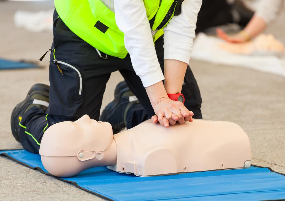 trening pierwszej pomocy