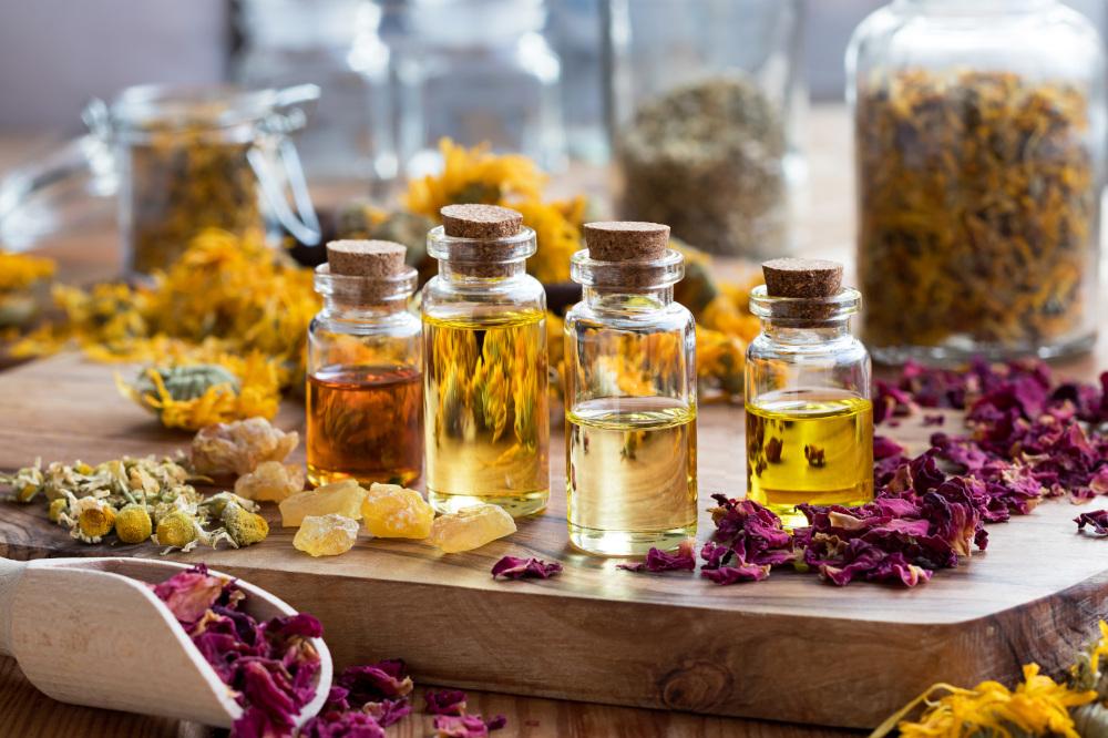 butelki z róznymi rodzajami olejów